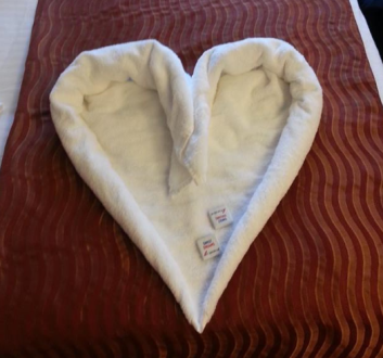 towel heart with candy
