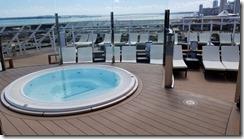 seaside one pool sun deck (16)