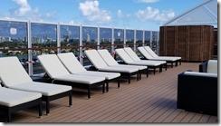 seaside one pool sun deck (3)