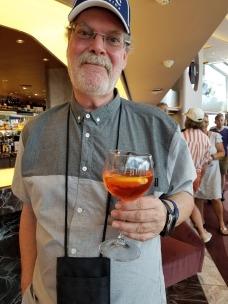 tom drink
