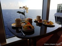 top sail breakfast 1